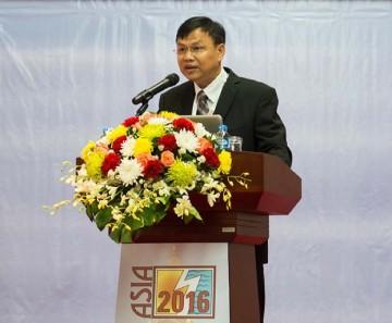 Dr Naruepon Sukumasavan