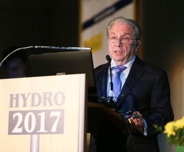 Dr José Polimon
