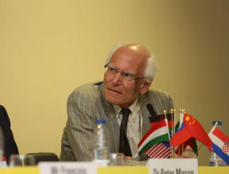 Dr Harald Kreuzer